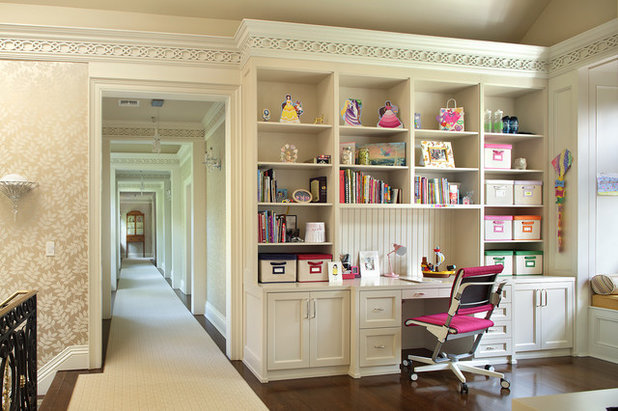 American Traditional Home Office by Sussan Lari Architect PC