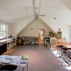 Modern Home Office by Ellen Happ Architect