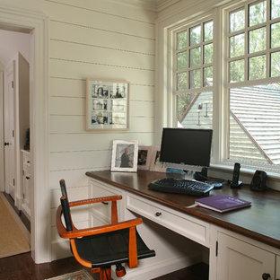 Свежая идея для дизайна: кабинет в стиле кантри - отличное фото интерьера