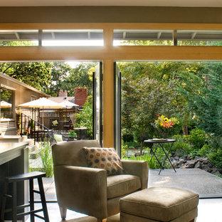 Zen home office photo in Portland