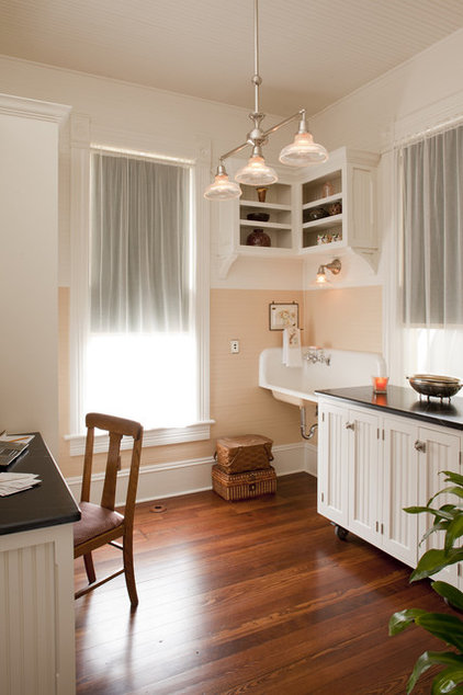 Traditional Home Office by Volz O'Connell Hutson