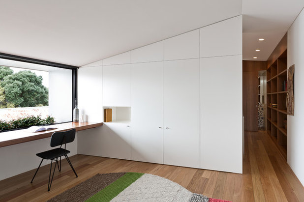 Contemporary Home Office by Benn & Penna Architecture