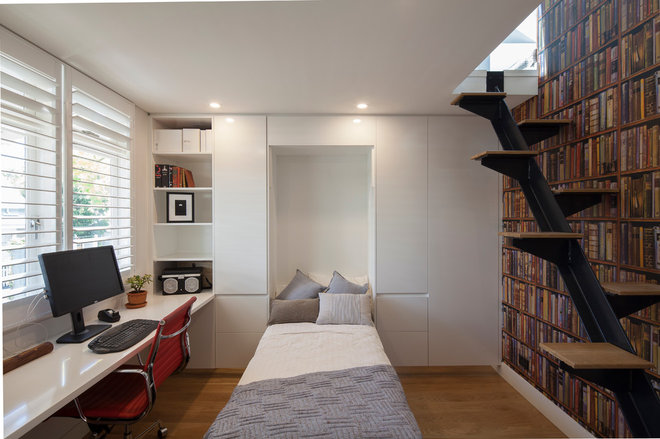 Modern Home Office by Justin Loe Architects
