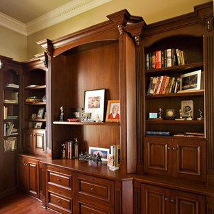 Superbe Inspiration For A Large Timeless Freestanding Desk Dark Wood Floor Home  Office Remodel In San Francisco