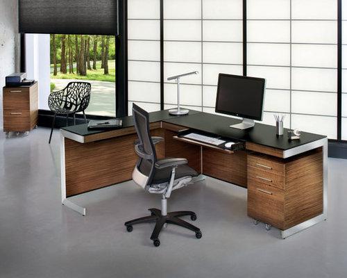 Minimalist freestanding desk home office photo in DC Metro