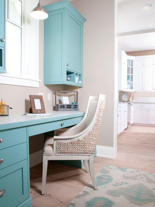 Beach style other home office design ideas remodels photos for Coastal home office