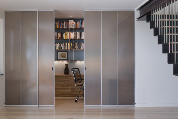 Modern Home Office by John Lum Architecture Inc. AIA & Material Choices: Translucent Glass Doors