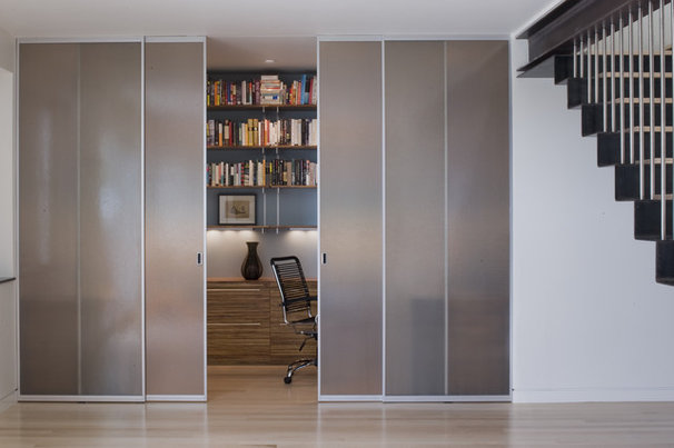 Modern Home Office by John Lum Architecture, Inc. AIA