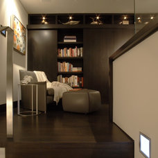 Modern Home Office by Aria Design Inc