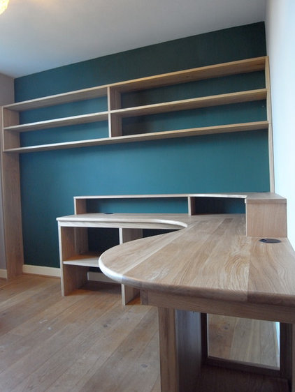 Contemporary Home Office by Carpenter & Carpenter Ltd