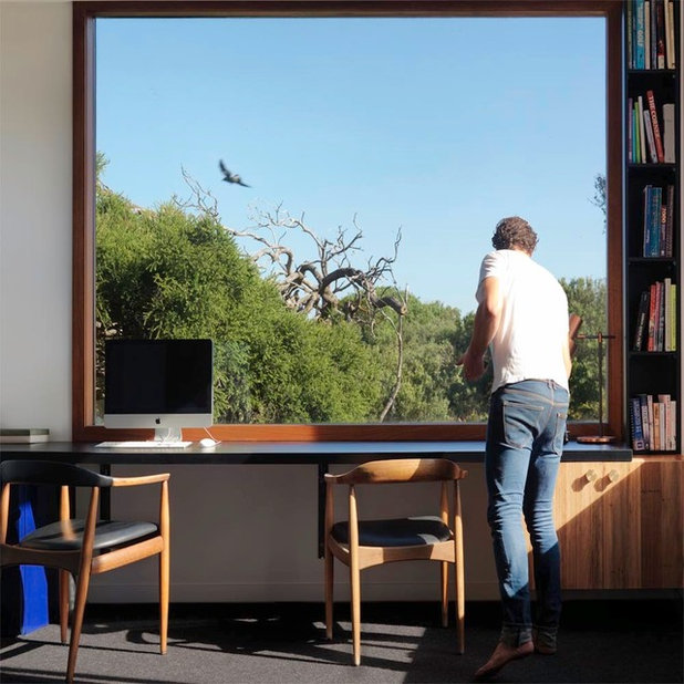 Contemporary Home Office & Library by Auhaus Architecture