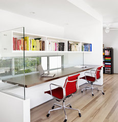 modern home office by Baldridge Architects