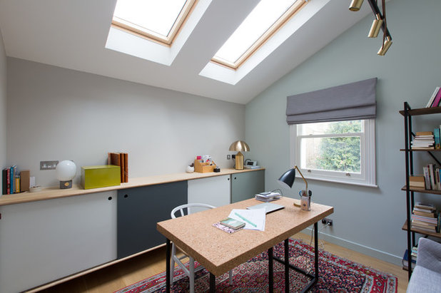 Contemporary Home Office & Library by My-Studio Ltd