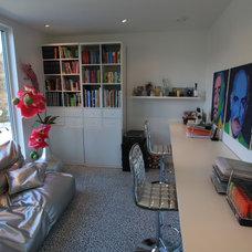 Modern Home Office by Butikk Service