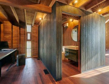Cardrona Cabin Home Office and Bathroom