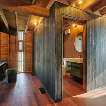 Cardrona Cabin Home Office and Bathroom
