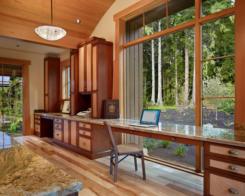 mountain style home office photo in seattle