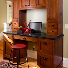 Craftsman Home Office by Fluidesign Studio