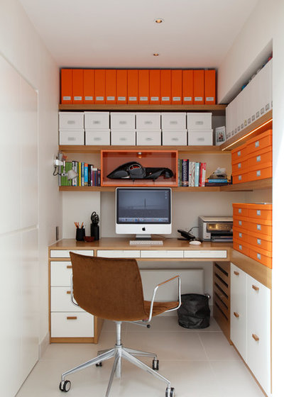 Contemporary Home Office & Library by Juliette Byrne