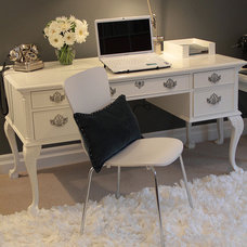Traditional Home Office by Jil Sonia Interiors