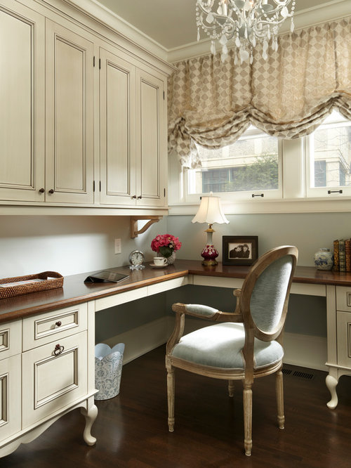 Victorian home office design ideas remodels photos for Office design houzz