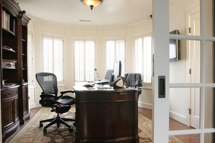 Traditional Home Office by Suzie Atkin, AKBD/Neil Kelly