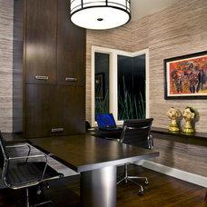 Contemporary Home Office by Est Est, Inc.
