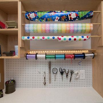 Contemporary crafting nook