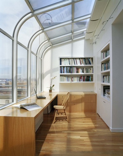 Modern Home Office by Studio ST Architects, P.C.