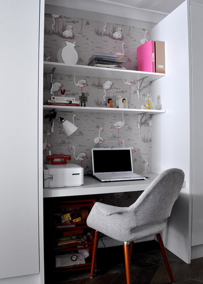 Contemporary Home Office & Library Contemporary Home Office & Library