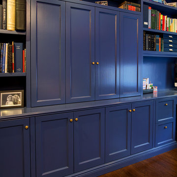 Contemporary Home Office Built-ins