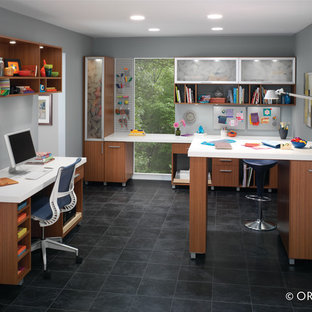 Home office - contemporary home office idea in Denver