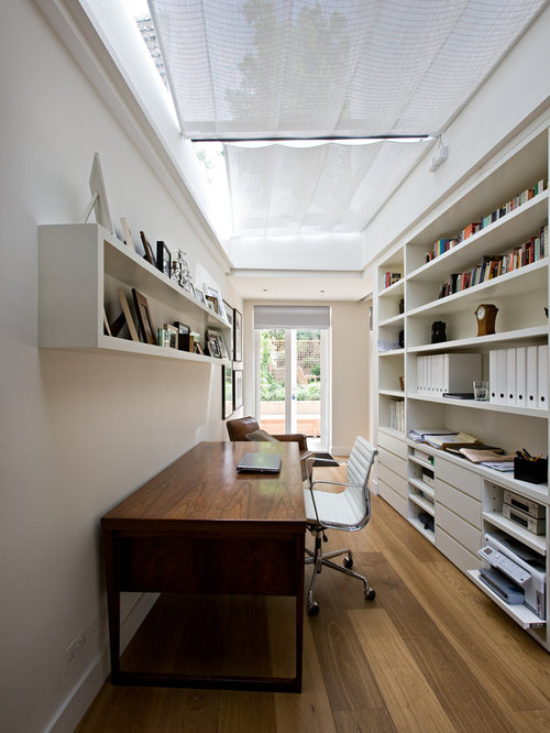 Home office wall shelves home design ideas pictures for Long narrow office layout
