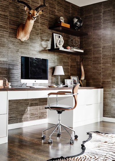 Contemporary Home Office by Carolina V. Gentry, RID