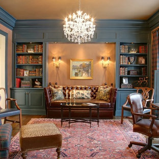 Inspiration for a victorian home office remodel in Columbus