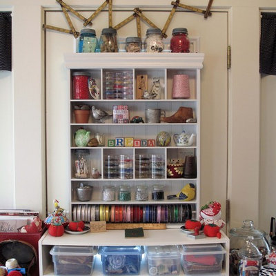 Eclectic craft room photo in Dallas