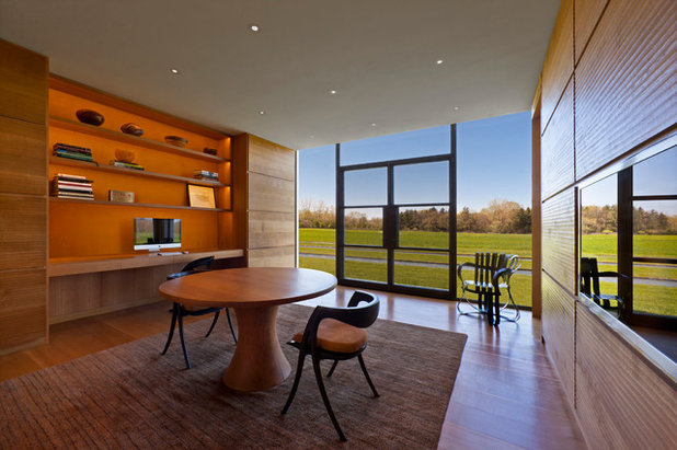 Contemporary Home Office & Library by Vinci   Hamp Architects