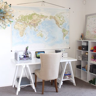 Home office - small eclectic freestanding desk home office idea in Sydney