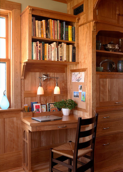 Craftsman Home Office by David Heide Design Studio