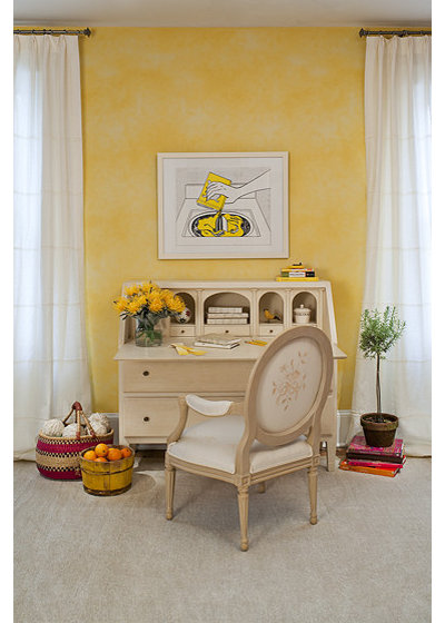 Eclectic Home Office by Casart Coverings