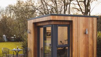 Deluxe Garden Office
