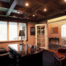 Traditional Home Office by STEVE PERRY'S DESIGN SOLUTIONS & CONSTRUCTION INC.