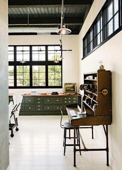 Industriel Bureau à domicile by Emerick Architects