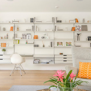 Photo of a contemporary home office in London.