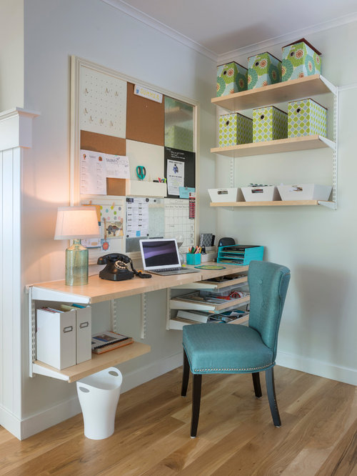 Best farmhouse home office design ideas remodel pictures for Small house design houzz