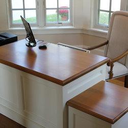 Beach Style Desks: Find Computer Desk and Corner Desk Ideas Online