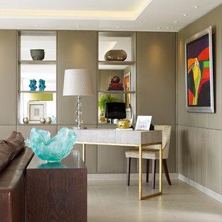 ロンドンのコンテンポラリースタイルのおしゃれなホームオフィス・書斎の写真