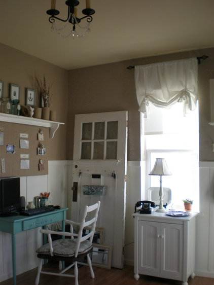 Traditional Home Office by From House to Home