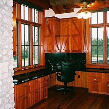 FARM OFFICE - Custom Cabinetry