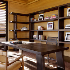 Contemporary Home Office by ZAK Architecture